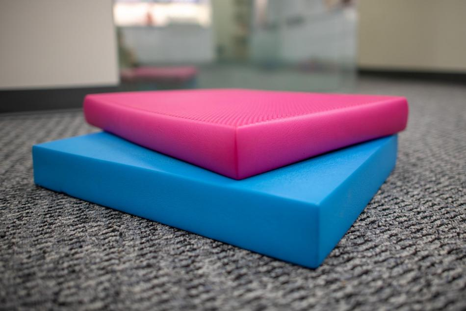 airex physical therapy balance pad
